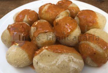 Gran Canaria Rezept: Papas Arrugadas con Mojo, Runzelkartoffeln in scharfer Mojo