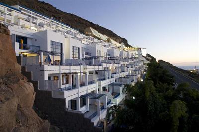 Hotel Cala Blanca 3*