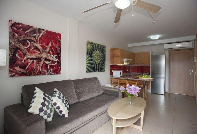 Altamadores Apartments 2,5*