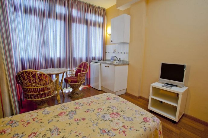 Aparthotel Miami 2,5*