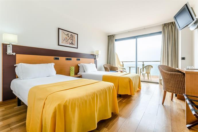 Hotel Exe Las Canteras 4*