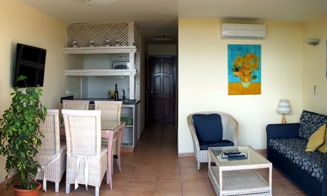 Apartments Nogal 3*