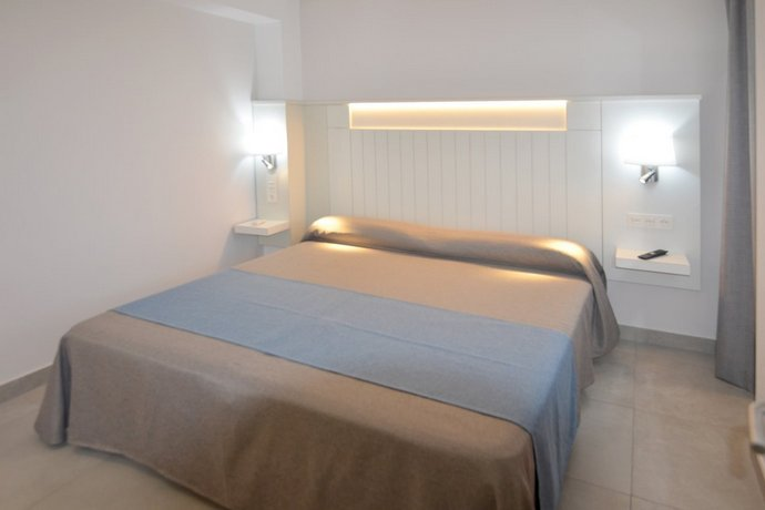 Aparthotel Veril Playa 2*