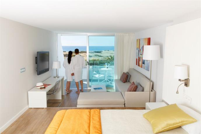 Santa Monica Suites Hotel 4*