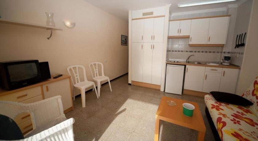 Apartments Guatiza 2*