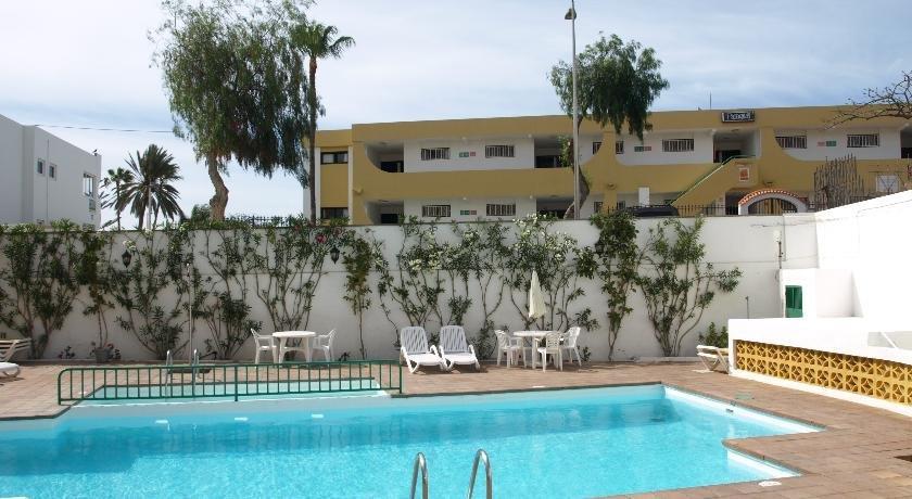 Apartment Las Dalias 2*