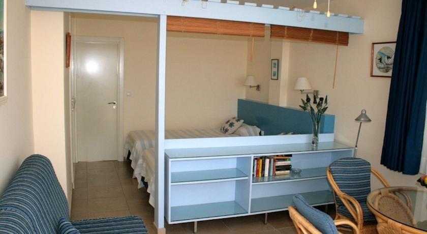 Apartments El Capricho 2*
