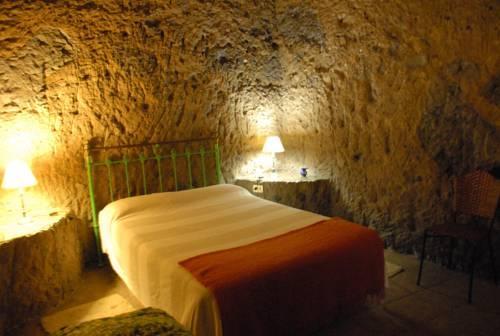 Casas Cueva El Mimo y Las Margaritas