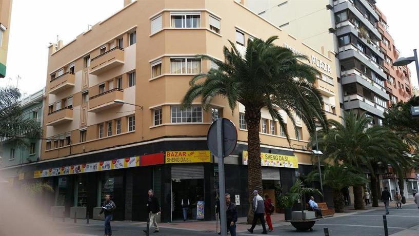Pension Plaza Las Palmas de Gran Canaria 1*