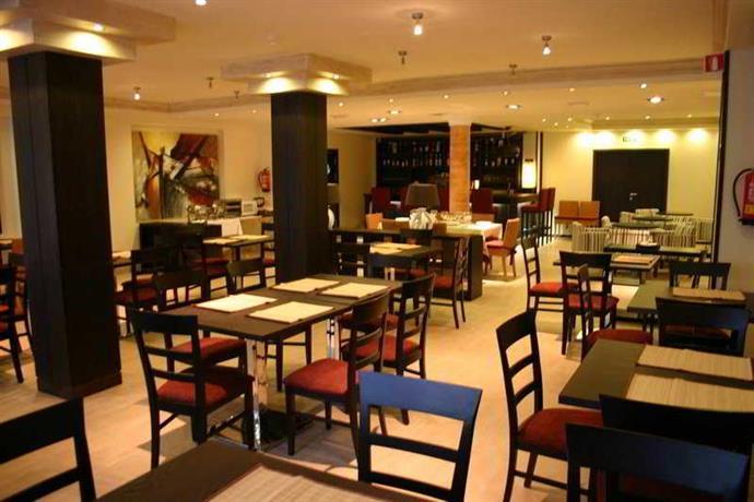 Hotel La Aldea Suites 2*
