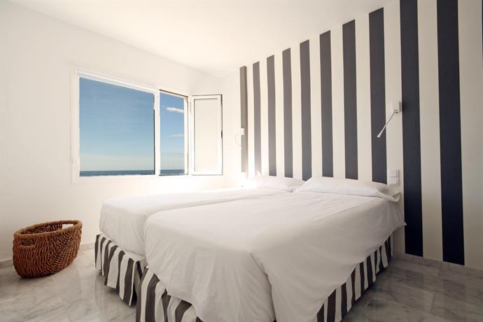 Apartments Marina Bayview 4*