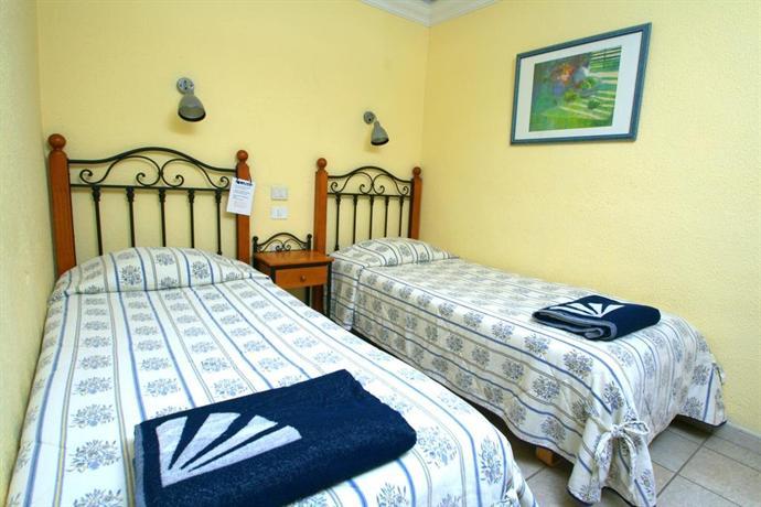 Apartments SunSuites Lufesa 1*