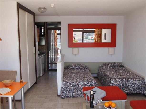 Apartments Punta del Rey 2*