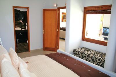 Gay: Birdcage Resort 5*