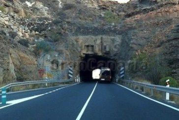 PSOE fordert endlich Beleuchtung in den Tunneln der GC-500
