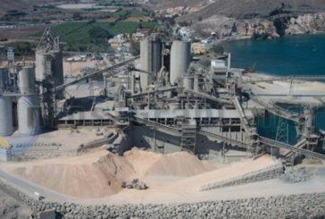 Die Zementfabrik in El Pajar bleibt egal ob mit Verlängerung der Hafenlizenz oder ohne!
