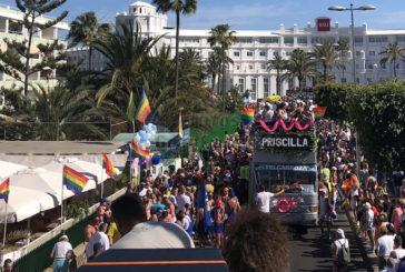 Gaypride Parade lockte rund 80.000 Besucher an