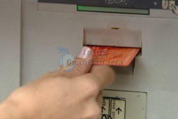 Pfleger zocken fast 18.000 € von Kreditkate der zu pflegenden Person ab
