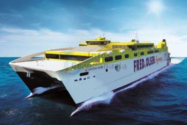 FredOlsen startet neue Route Las Palmas - Arrecife mit größtem Hochgeschwindigkeitskatamaran der Welt