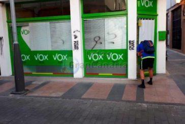 Anschlag auf Parteibüro der rechtsradikalen neugegründeten VOX Partei in Telde