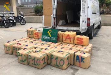 Guardia Civil demontiert Drogenring, der monatlich 3 Tonnen Haschisch auf die Kanaren brachte
