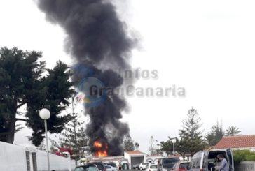 Feuer in der Bungalowanlage Los Arcos mitten in Playa del Inglés verursachte nur Sachschaden (inkl. Video)