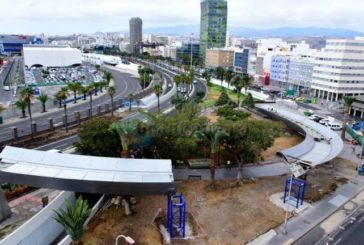 Bauarbeiten an der Fußgängerbrücke Welle des Atlantiks in Las Palmas verzögern sich