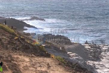 Junger Mann in Arucas im Meer verschwunden - Suche läuft noch