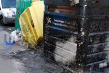 Feuerteufel in Vecindario verhaftet - Mehrere Containerbrände nachgewiesen