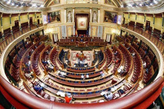 6. Alarmzustand in Spanien genehmigt - Regeln für