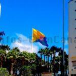 Gigantischer Fahnenmast für Gran Canaria Flagge in Las Palmas wird entfernt