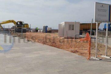 Baubeginn - Gastro und WCs für den Strand La Lajilla in Arguineguin werden errichtet