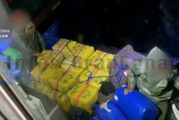 Guardia Civil fing Schlauchboot mit 990 KG Haschisch ab