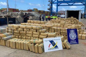Schlag gegen Drogenhandel - Schiff mit knapp 20 Tonnen Haschisch abgefangen