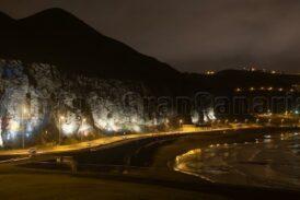 Ärger um die Beleuchtung an der Klippe des La Laja Strandes